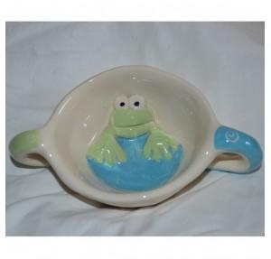 Otroška skodelica Žaba na dnu